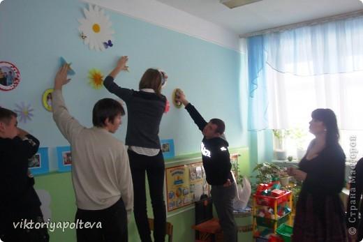 """На уроках проектной деятельности учащиеся 11 класса выбрали тему проекта """"Оформление группы детского сада в технике модульного оригами"""". На сборку модулей и самих работ ушло около 2-х месяцев фото 6"""