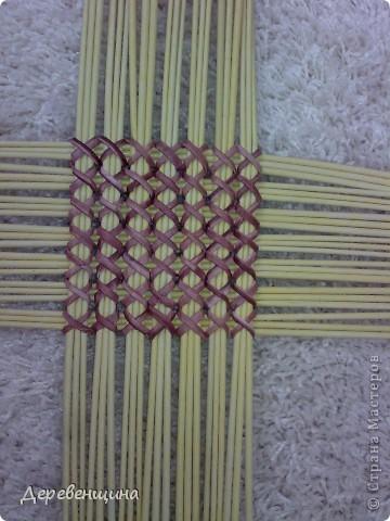Поделка изделие Плетение Идея  Не моя  Бумага газетная Трубочки бумажные фото 3