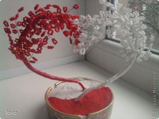 дерево Инь-Янь из бисера.