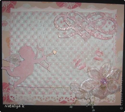 Здравствуйте,мои хорошие!Я сегодня к Вас со своей новой валентинкой.Это моя первая работа с использованием чипборда.Чипборд (ангелочек и ажурное сердце)самодельный : вырезала макетным ножиком из картона. фото 6