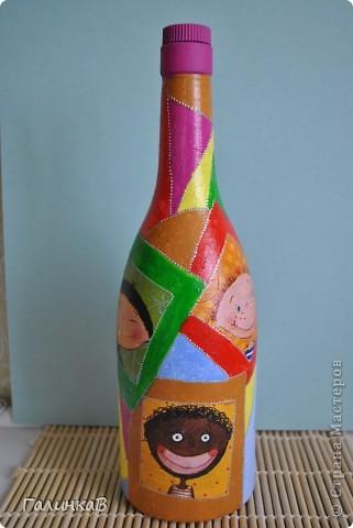 Попалась мне в руки очень забавная салфеточка. Родилась идея сделать набор для детского праздника. Бокальчики можно использовать под сок, газировку, коктейль и даже под мороженое. фото 3