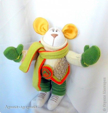 Представляю Вашему вниманию мышонка Мыха! Это дочка его так назвала. Логика ребенка проста: она-мышка, он - мых! Все просто! ) фото 1