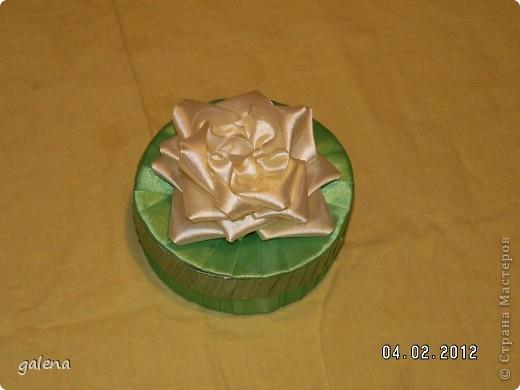 Поделка изделие День рождения Моделирование конструирование Шкатулка в подарок Ленты фото 2.