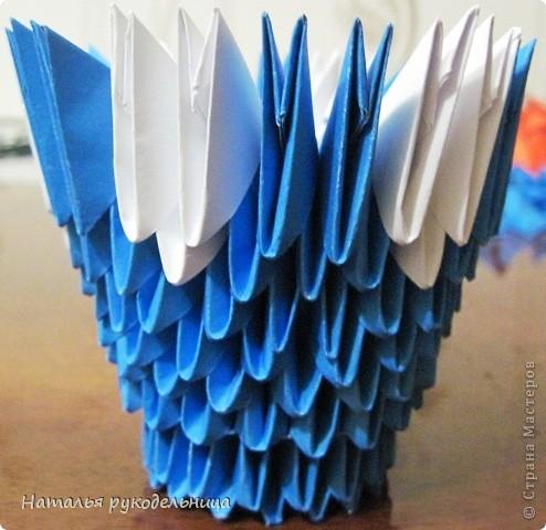 Поделки по книгам сайта 8 марта Валентинов день День матери День рождения День учителя Оригами китайское модульное Ваза Бумага фото 8