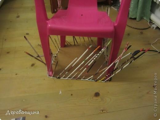 Да-да. Забывайте. Потому что отныне это креслице будем видеть только на фотографии. Оно красивое, для девочки. Но... такие есть у всех. Будем его прятать!!! фото 5