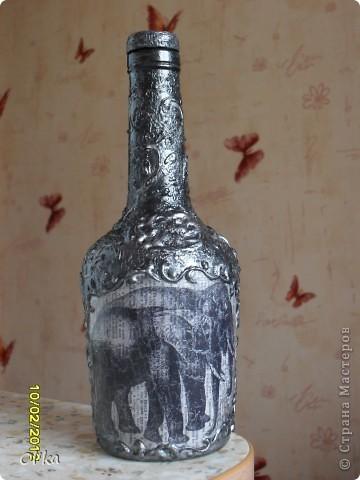 """Здравствуйте, Мастерицы!  Я к Вам с новой бутылочкой. С легкой руки Львовны (и ее подарочка)""""чеканка"""" затянула меня в свои сети."""