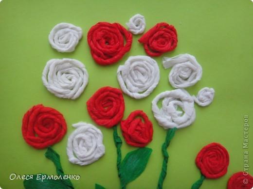 Аппликации цветов из гофрированной бумаги своими руками 22