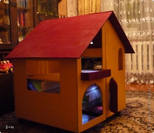 Вот такой домик,я построила дочке, по чертежам из интернета ))) фото 1