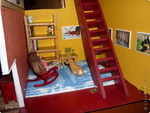 Вот такой домик,я построила дочке, по чертежам из интернета ))) фото 4