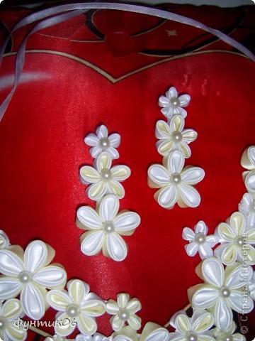С подобного колье началась моя любовь к цветам из ткани.Хотя муж говорит что это болезнь))))) фото 3