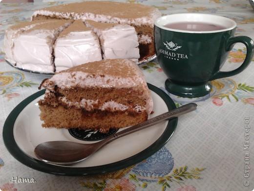 пьяный тортик к чаю. бисквит шоколадный с зефирным вишневым кремом и кофейно-коньячной пропиткой... фото 1