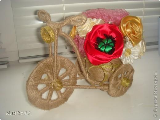 Давно заглядывалась на такие велосипедики. Вот и решила по поводу 8 Марта смастерить цветочный велосипед для любимой бабушки фото 5