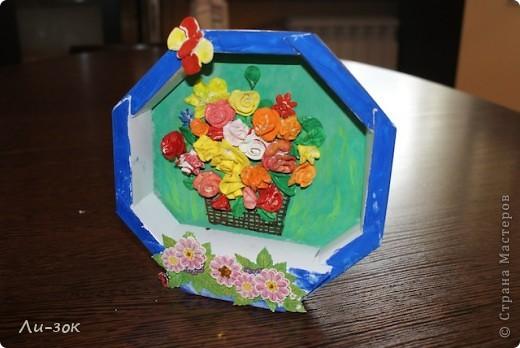 Это первая моя работа в стране мастеров ,ну очень захотелось весны!Взяла коробочку от конфет,раскрасила,и на клеила красивую наклейку. фото 2