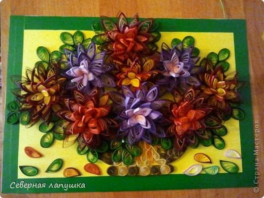Мои первые цветы, сидела долго с ними, накрутила кучу пробных цветов,  итоге родились вот такие игольчатые пионы.