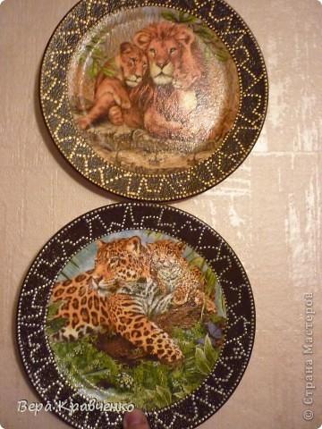 Доброго времени суток, гости дорогие!!! Вчера заказали мне две тарелочки на подарок! Ну ооочень просили. Пришлось поднапречься и ... Вот что у меня получилось. Заказчица была в восторге!!! фото 1