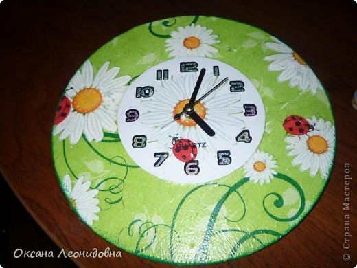 Мои часики на стол (использована распечатка , механизм от маленьких часов, цыфры оттуда же) фото 2