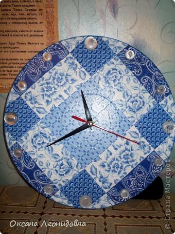 Мои часики на стол (использована распечатка , механизм от маленьких часов, цыфры оттуда же) фото 4