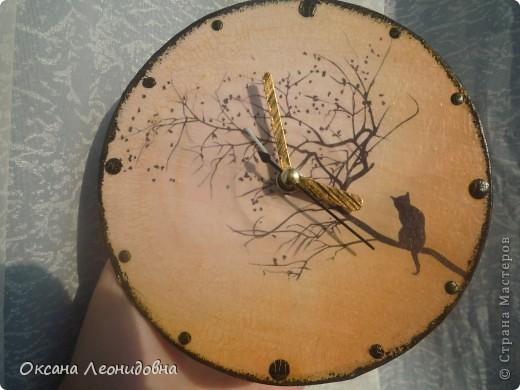 Мои часики на стол (использована распечатка , механизм от маленьких часов, цыфры оттуда же) фото 5