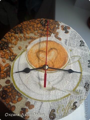 Мои часики на стол (использована распечатка , механизм от маленьких часов, цыфры оттуда же) фото 3