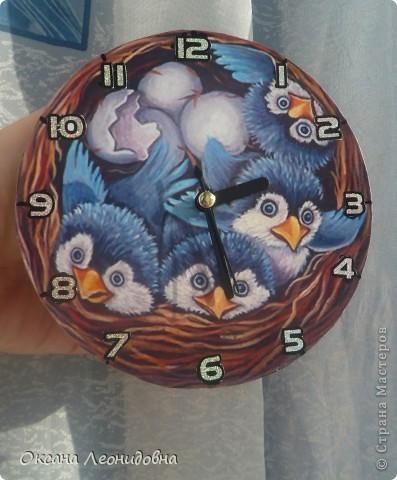 Мои часики на стол (использована распечатка , механизм от маленьких часов, цыфры оттуда же) фото 1