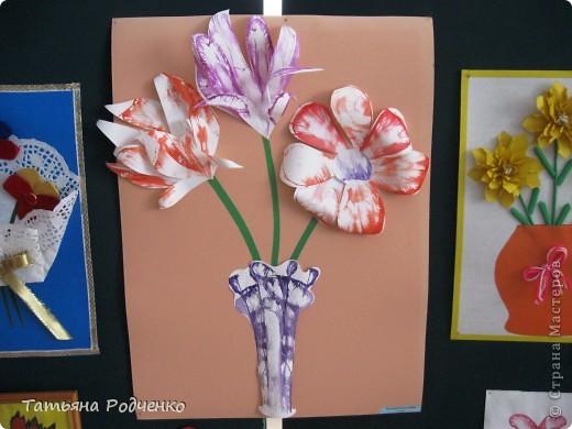 """С приходом весны, СТРАНА!!! Предлагаю вашему вниманию фоторепортаж с выставки в нашей школе. Мы её назвали """"Цветочная феерия"""", и это справедливо, ведь скоро Женский день))) фото 26"""
