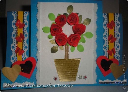 Вот такие открытки можно сделать к женским праздникам. На этой открытке горшочек для деревца покрашен аэрозольной краской.  Фон из обыкновенной салфетки.. Украшена дырокольностями и самоклеющей бумагой. Розочки-квиллинг Открытка из целого листа картона фото 12