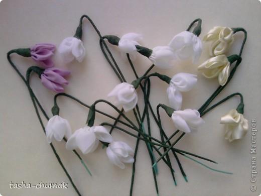 Милые мои, здравствуйте!!! За окном то мороз, то  оттепель.... Хочу весны! Хочу за первыми цветочками на природу! НО..... Давайте попробуем сделать сами первые цветочки... Ну.... Пусть это будут подснежники! фото 1