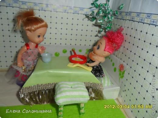 Здравствуйте всем читателям МС! Ну вот руки снова дошли до кукольного домика. Сегодня в нашем кукольном домике появился кухонный уголок. фото 1