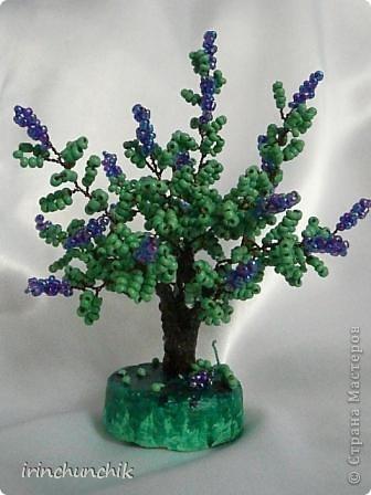 Близится весна, вот и навеяло сделать маленькое деревце из цветущей сирени! фото 1