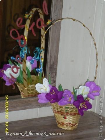 Поздравляю дорогих мастериц с наступающим праздником 8 марта!Желаю много цветов,улыбок и прекрасных работ! фото 1