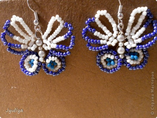 Серьги-бабочки из бисера фото 1