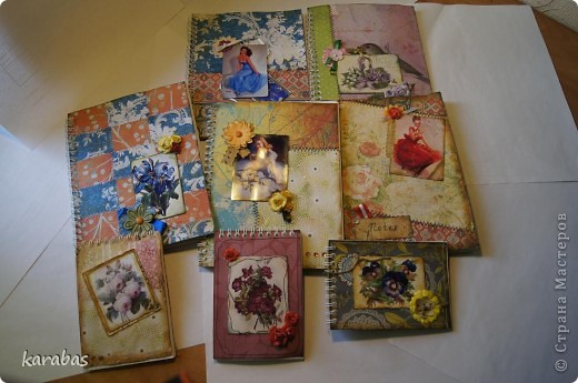 Все блокноты покупные, на кольцах. Я их только декорировала. фото 18