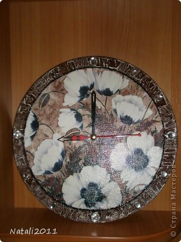 Здравствуйте дорогие жители Страны мастеров. Хочу показать вам мои очередные часы, сделаные на день рождения приятельнице. фото 2