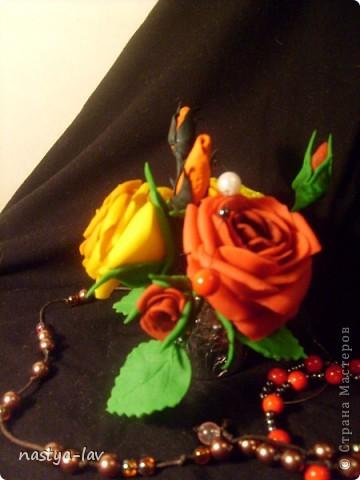 Мини букетик из трех роз. фото 2