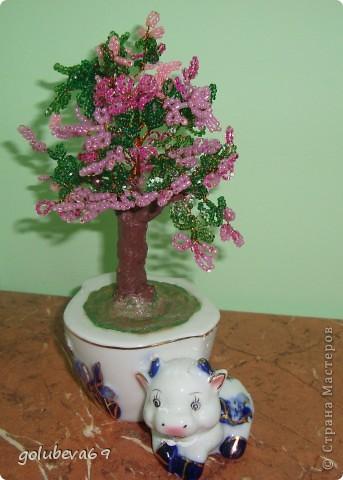 Деревце из бисера. Подарок к 8 марта. фото 1