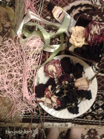 Здравствуйте! Хочу вам показать как я сделала картину из засохших цветов. фото 3