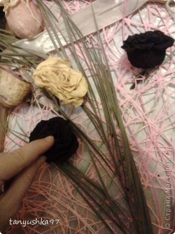 Здравствуйте! Хочу вам показать как я сделала картину из засохших цветов. фото 6