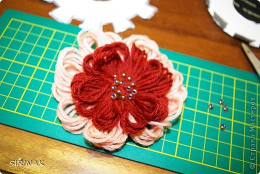Идею цветка почерпнули в интернете, сделали учителю подарок на 8 марта фото 1