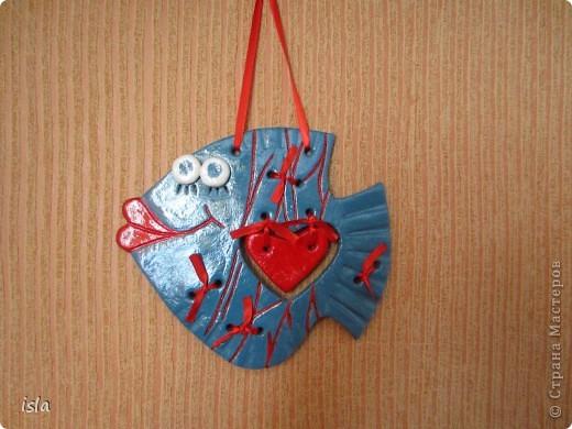 Идею подсмотрела у мастериц на  сайте. Спасибо огромное автору. Рыбешку подарила мужу на день Св. Валентина.  фото 2