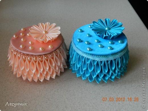 Декор предметов 8 марта Цумами Канзаши Опять заказ Ленты Тесьма шнур Трубочки картонные фото 1