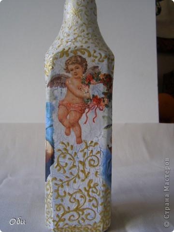 Добрый вечер, жители СМ! Всех  мастериц с наступающим праздником! Желаю всем хорошего настроения, море цветов и улыбок! А, я, к вам со своими работами. Я всегда опаздываю с работами, бутылочки для святой воды надо было готовить для крещения, а я к восьмому марта. Все дело в моей маме, которая всегда отказывается от подарков, а вот бутылка для святой воды ей пригодится. Сделала три, может еще кому понадобится. фото 4