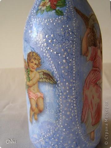 Добрый вечер, жители СМ! Всех  мастериц с наступающим праздником! Желаю всем хорошего настроения, море цветов и улыбок! А, я, к вам со своими работами. Я всегда опаздываю с работами, бутылочки для святой воды надо было готовить для крещения, а я к восьмому марта. Все дело в моей маме, которая всегда отказывается от подарков, а вот бутылка для святой воды ей пригодится. Сделала три, может еще кому понадобится. фото 7