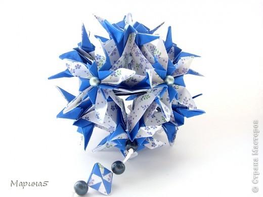 """Всем привет! Кусудама Flower Star. Автор Meenakshi Mukerji Из книги """"Exquisite Modular Origami"""" стр.48-50 Размер модулей 10 на 5, итог 10 см. фото 5"""