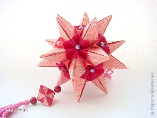 """Всем привет! Кусудама Flower Star. Автор Meenakshi Mukerji Из книги """"Exquisite Modular Origami"""" стр.48-50 Размер модулей 10 на 5, итог 10 см. фото 2"""