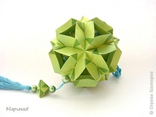 """Всем привет! Кусудама Flower Star. Автор Meenakshi Mukerji Из книги """"Exquisite Modular Origami"""" стр.48-50 Размер модулей 10 на 5, итог 10 см. фото 7"""