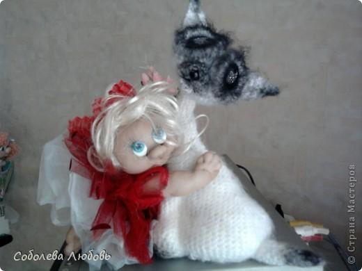 Малышка с подарком фото 4