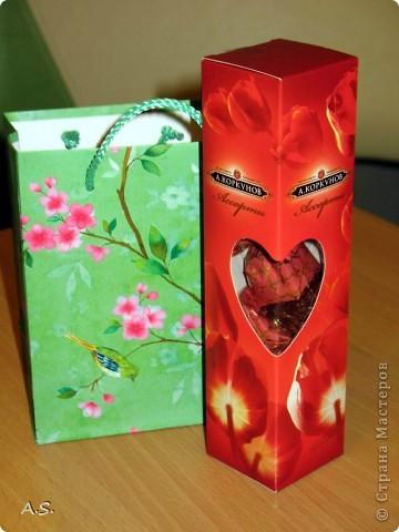 Очень понравилась подставка-календарь от Тинсанна (https://stranamasterov.ru/node/322171#comment-3451905), решили с дочкой учителей порадовать - подарки к празднику сделать. Получилось аляповато, зато по-весеннему - буйство красок:)))  фото 13