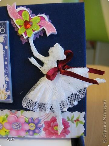 Очень понравилась подставка-календарь от Тинсанна (https://stranamasterov.ru/node/322171#comment-3451905), решили с дочкой учителей порадовать - подарки к празднику сделать. Получилось аляповато, зато по-весеннему - буйство красок:)))  фото 11