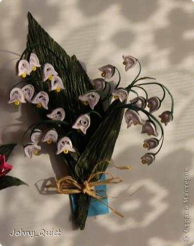 С середины февраля делала близким подарочки на 8 марта. Делала партиями=) Первыми появились вот такие магнитики: нарциссы, тюльпаны и ландыш. Удобно устроилась весёлая компания на холодильнике. фото 4