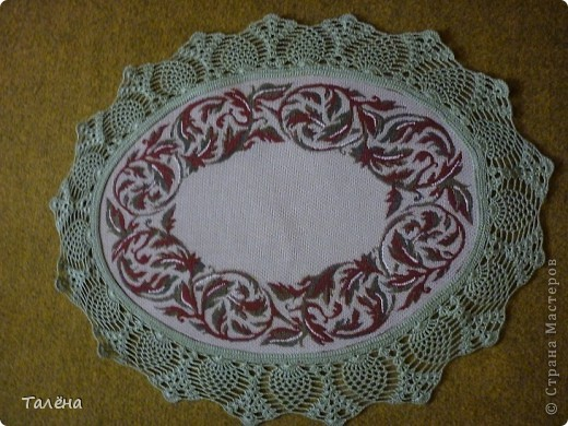 Вот такие салфетки мы делаем из гобеленовой ткани. Для каждой отдельной салфетки подбираем цвет и рисунок для вызания. фото 4